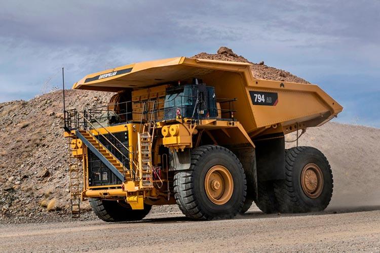 Cat 794 AC Mining Truck Meets Strictest U.S. Emissions Standards