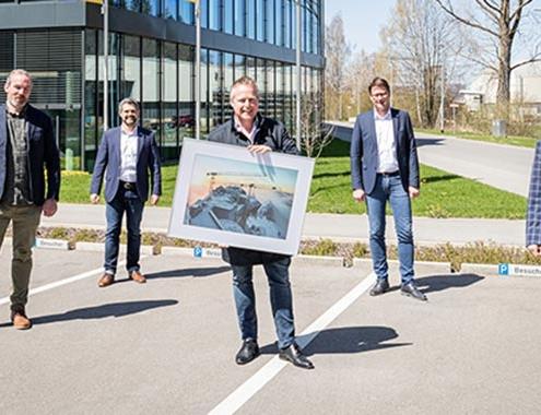 Hüffermann sets up new rental fleet with tower cranes from Liebherr