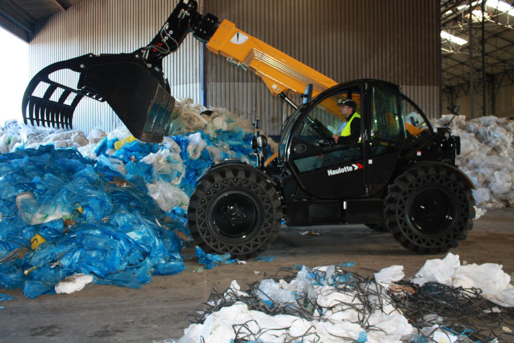 """The very first delivery of HTL 3510 Option """"Waste & Recycling"""" for McKenzie NI Ltd."""
