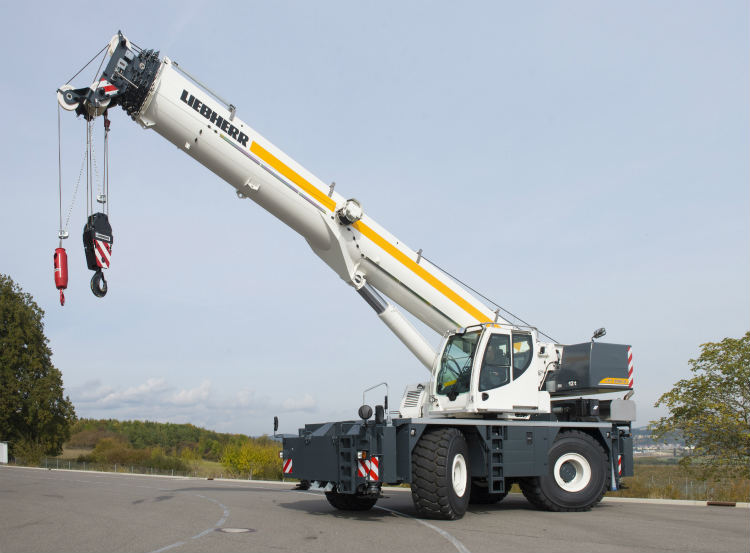 Liebherr extends product portfolio with rough-terrain cranes