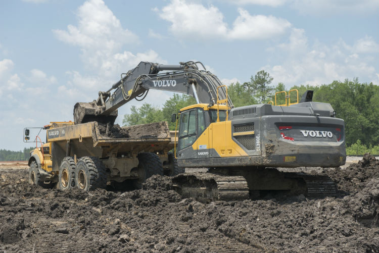 Landmark Construction has called on the help of 30 Volvo CE machines