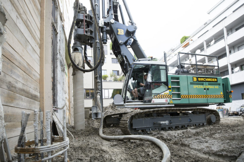 An All-round Machine for Deep Foundation Applications: the New Piling and Drilling Rig LRB 16 from Liebherr