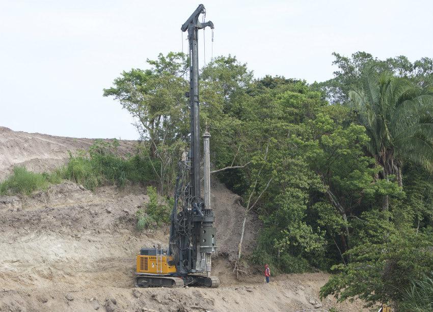 Liebherr LB 24 rotary drilling rig and oscillator combination debuts in Mexico on Mota-Engil highway project