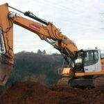 Liebherr R 936 crawler excavator with Stage IV / Tier 4f emission standards in use at Bodarwé in Belgium