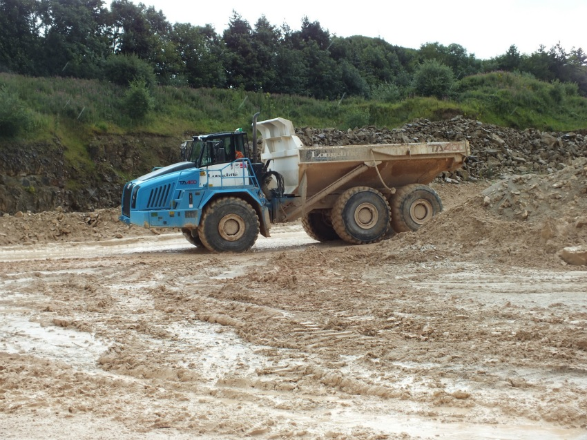 Terex Trucks' robust machines make the grade in Longcliffe