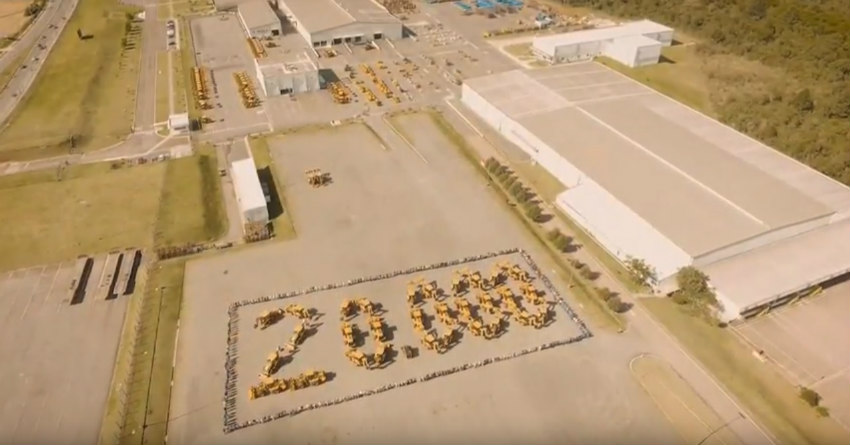 Campo Largo facility produces 20,000th machine