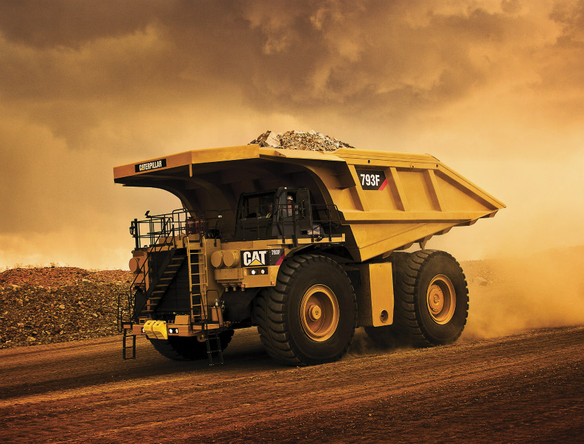 Caterpillar produces 5000th 793 Mining Truck