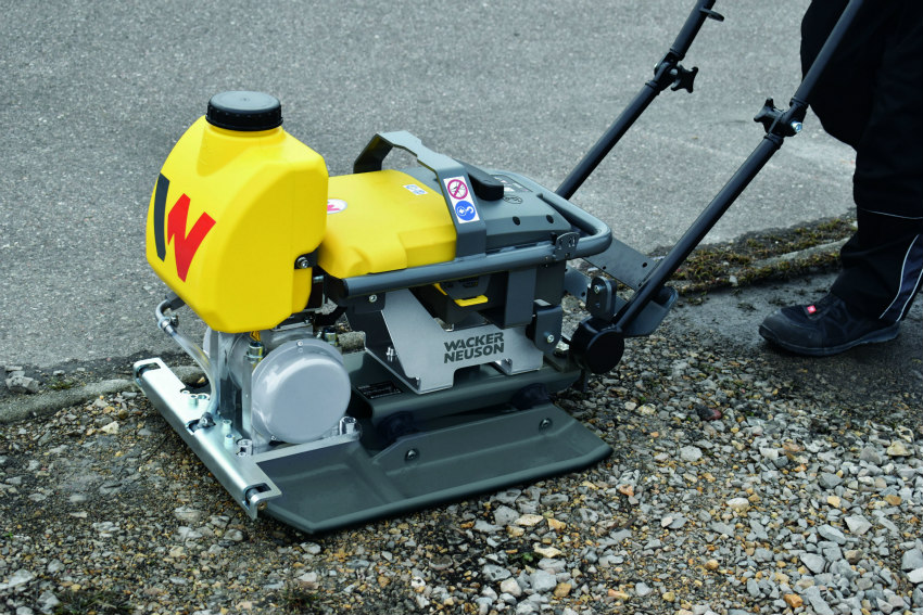Wacker Neuson presents battery-powered vibratory plate AP1850e