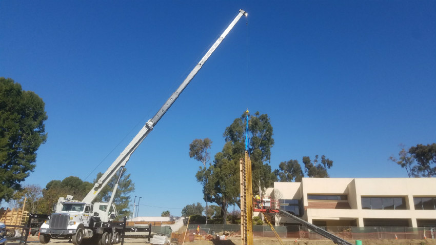 National Crane NTC55 doubles productivity for California HVAC contractor