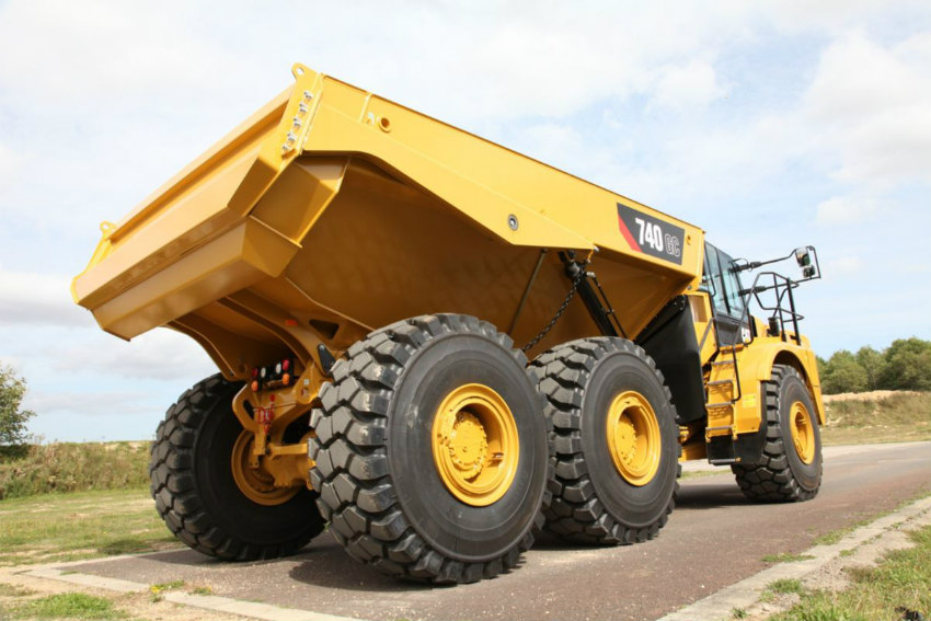 New Cat 740 GC expands articulated truck lineup