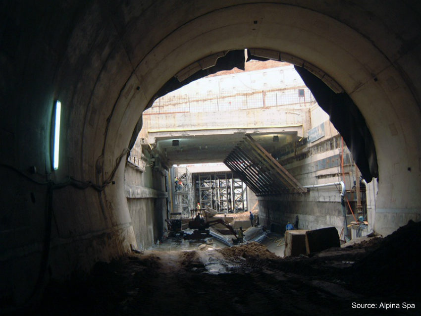 Tunnels and deep excavations in historical urban centres