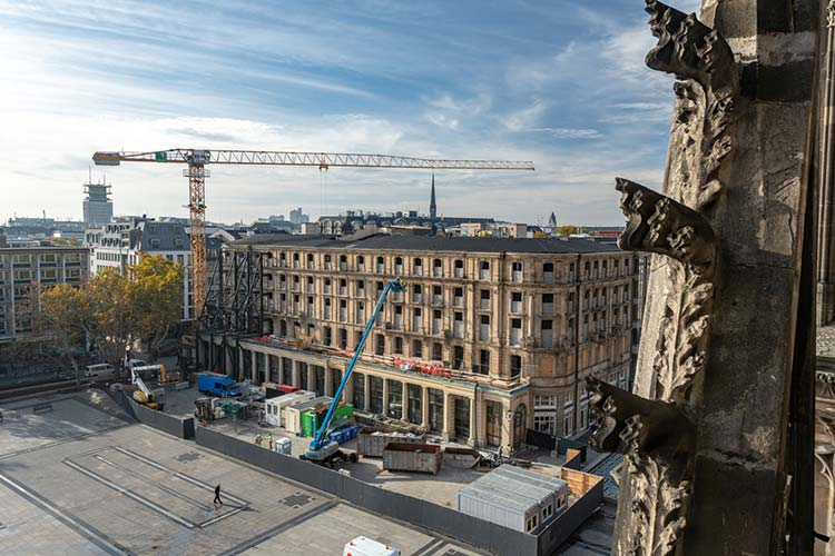 Tough demolition job on historic Dom-Hotel, Cologne, Germany