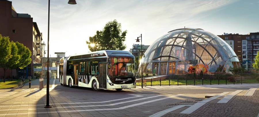 Volvo presents new electric articulated bus