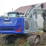 The first Liebherr R 924 G8 crawler excavator in the Île-de-France region