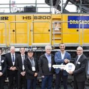 Handover at Conexpo: Liebherr crawler crane HS 8200 to Dragados USA