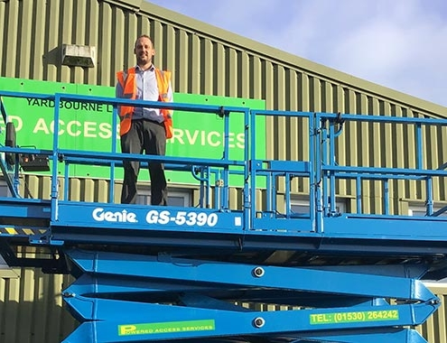 UK's first five Genie® GS-5390 scissor lifts with Stage V engine solution