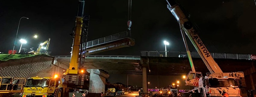 Two Grove five-axle cranes for bridge replacement job in New Zealand