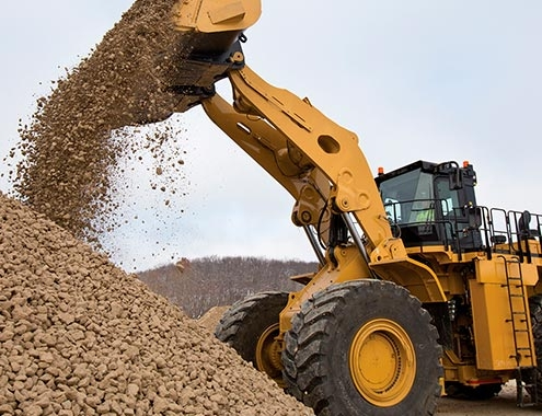 New Cat® 992 Wheel Loader increases productivity up to 32%