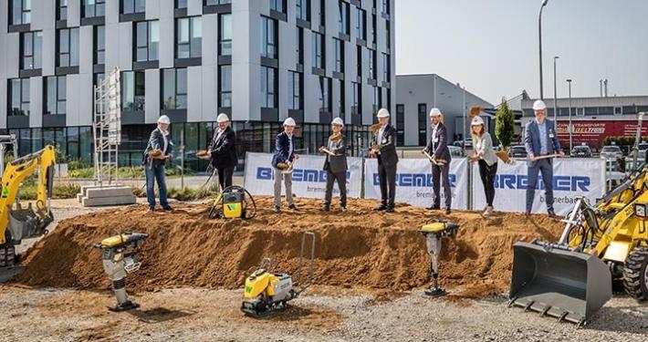 Groundbreaking ceremony for new logistics center in Reichertshofen